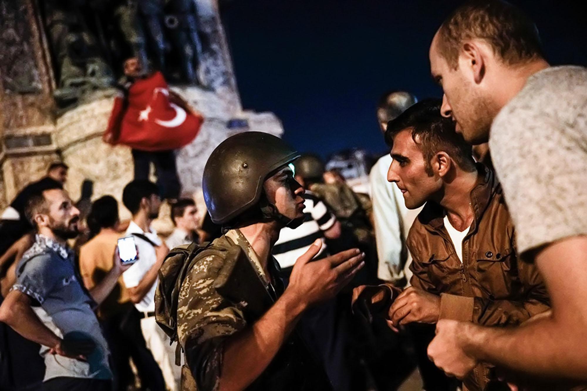 Попытка военного мятежа в Турции