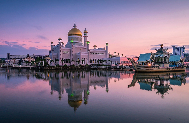 Мечеть Султана Омара Али Сайфуддина (Бруней)