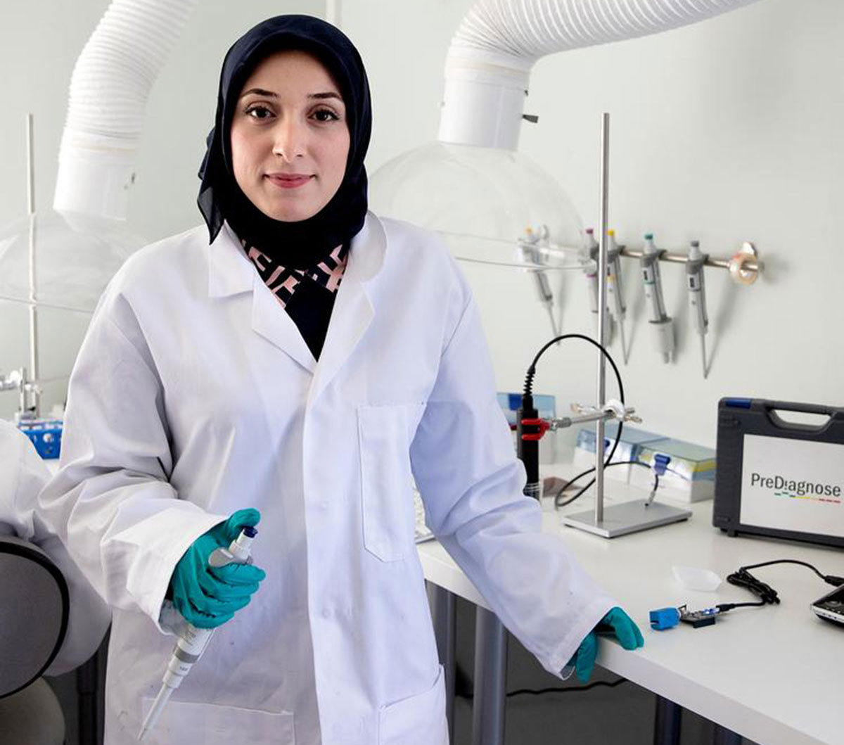Фатима Аз-Захра Аль-Атракт – гениальный нанотехнолог