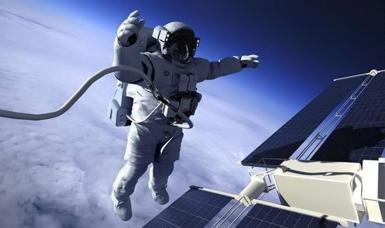 Выход космонавта в открытый космос