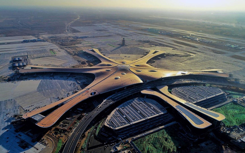 Крупнейший международный аэропорт Дасин в Пекине