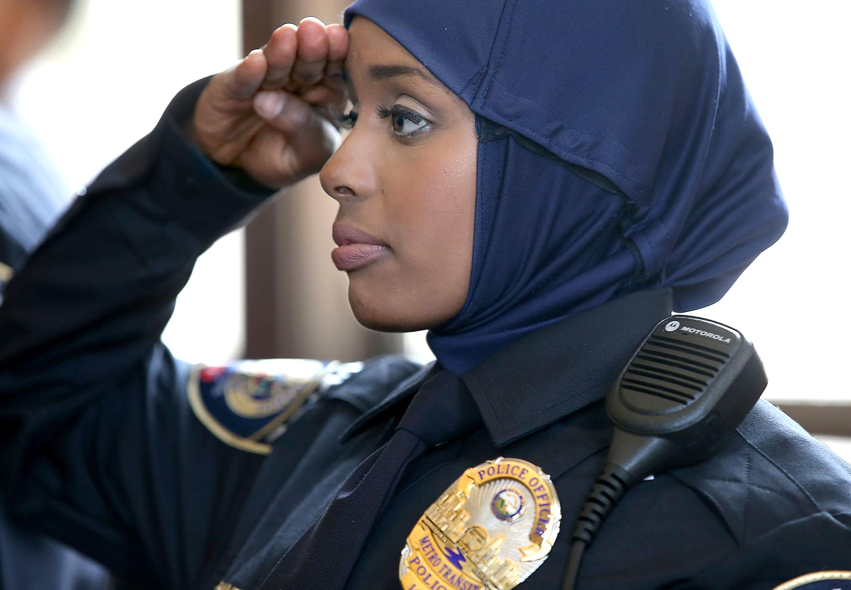 Мусульманка-полицейский Шэрон Руп из Тринидада отстояла право на хиджаб