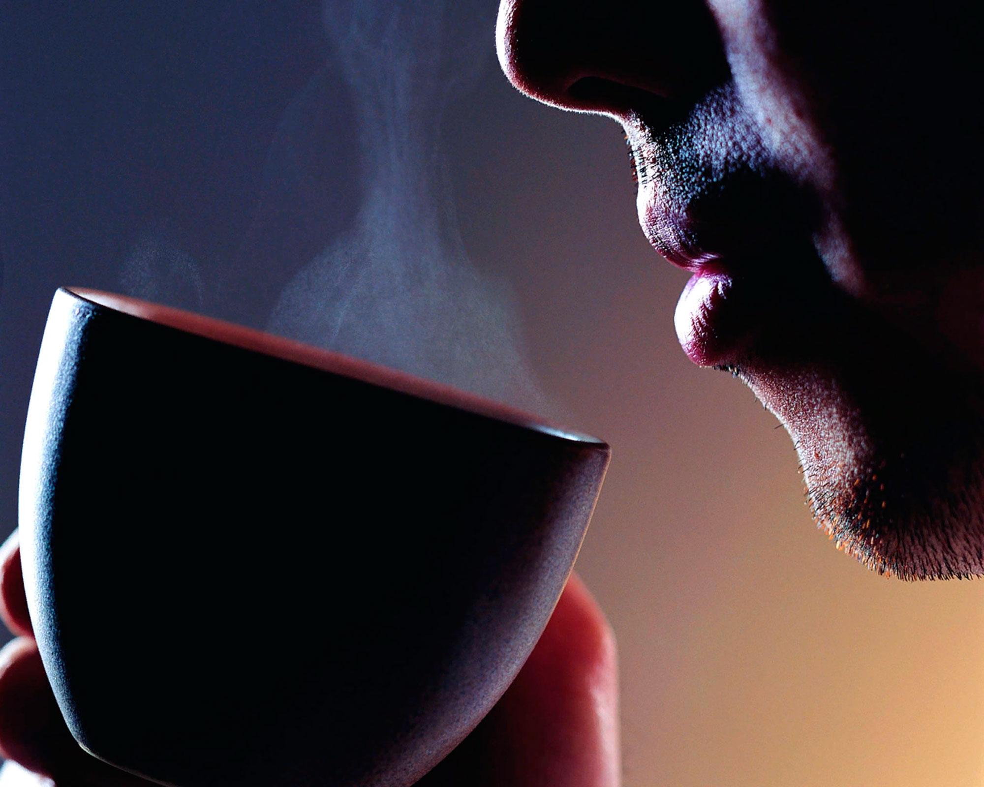 Дуем ли мы на горячую еду и питьё?